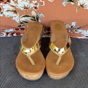Juicy Couture Tan and Gold Wedges